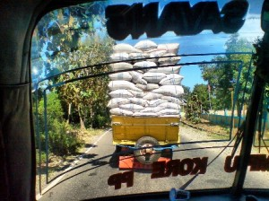 Tipikal angkutan barang di Bima