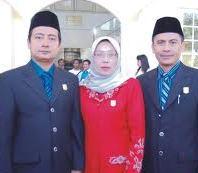 Unsur Pimpinan DPRD Kota Bima, Ahmad Miftah, S.Sos (kiri), Hj. Ferra Amalia (tengah), dan Fery Sopyan, SH (kanan)