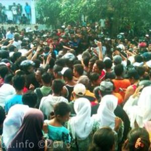 Kuburan Remaja di Kampung Nae Digali Kembali