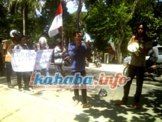 Unjukrasa REMAN di halaman Dikpora Kabupaten bima