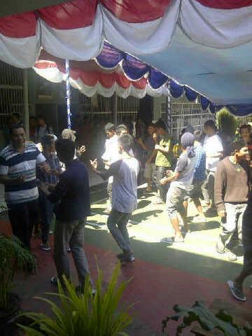 Suasana para Napi di Rutan Bima saat memperingati hari kemerdekaan RI yang ke 68. Foto: Bin