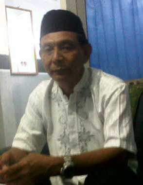 Kabid Perencanaan BKD Kabupaten Bima Drs Sahrul. Foto: Bob
