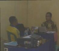 Kabid Bina Marga Dinas PU Kabupaten Bima, Ir Taufik Rusdi, saat diperiksa penyidik dua pekan lalu terkait dugaan penyimpangan kasus pengadaan sampan Fiberglass DAK 2012. Foto: AGUS