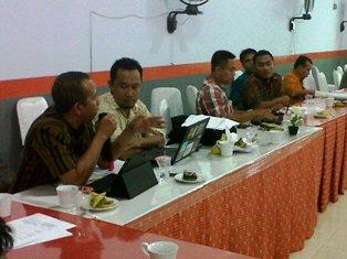 Tim Terpadu Adakan Monev APBD 2013. Foto: HUMAS