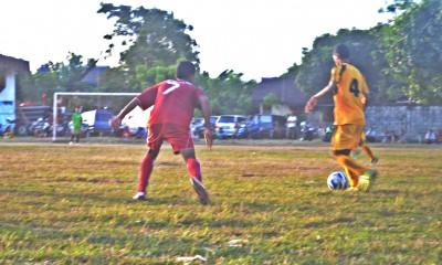 Persekobi masuk final melawan Persebi. Foto: Bin