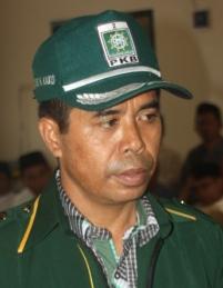 Wakil Ketua Komisi III DPRD Kabupaten Bima Drs. H. Mustahid H. Kako
