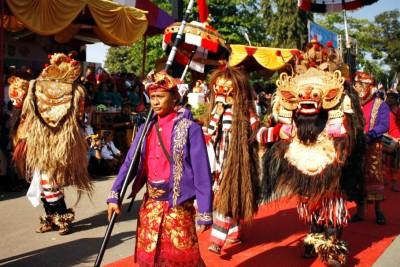 Rombongan Puri Agung Denpasar Bali. Foto: Bin