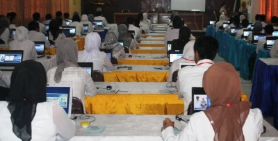 Suasana Tes Online hari pertama di Kabupaten Bima. Foto: Hum