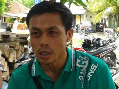 Ketua BPD Desa Bugis, Hamdan Kasiran. Foto: Teta