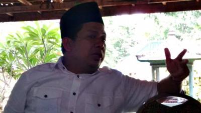 Netizen Dukung Fahri Hamzah, PKS Kena Cibiran