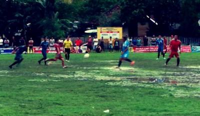 Pertandingan PS Rabangodu Utara Vs Paruga. Foto: Bin