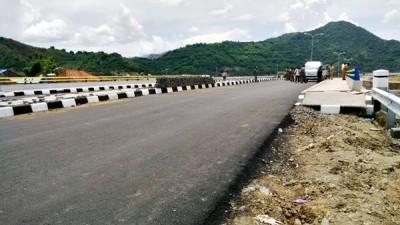 Jalan dan Jembatan Padolo III. Foto: Bin