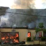 Isu Warga Ditembak Polisi, Kantor Polsubsek Kota Dibakar
