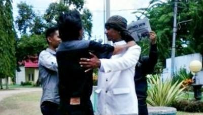 Mega saat dilantik oleh FSLP menjadi Walikota Bima tandingan. Foto: Bin