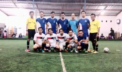 Foto Bersama Tim PKM dan SMP Gabungan Sebelum Pertandingan. Foto: Bin