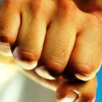 Serempetan di Jalan, Cekcok dan Adu Jotos, 3 Pemuda Sape Terluka