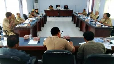 Rapat dengar pendapat rencana pemekaran Kelurahan Jatibaru. Foto: Bin