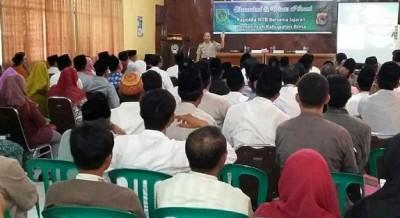 Kapolda NTB saat berbicara pada kegiatan Wisata Rohani. Foto: Hum