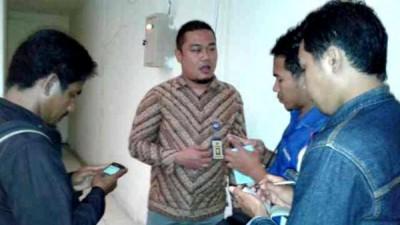 Koordinator Penghubung wilayah NTB KY RI Ridho Ardian Pratama, SH, MH  saat memberikan keterangan di media. Foto: Teta