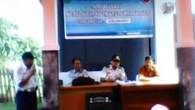 Sosialisasi standar keselamatan kepada pemilik kapal di bawah GT 7 di Pos Pengawasan Laut Soromandi
