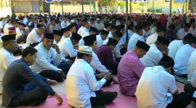 Suasana IMTAQ di halaman Kantor Pemkab Bima. Foto: Hum