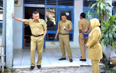 Wawali Kota Bima saat melaksanakan Sidak. Foto: Bin