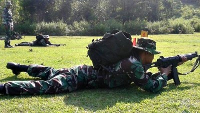 Batalion Inf 742 SWY Kompi Senapa A Bima saat menggelar latihan. Foto: Teta