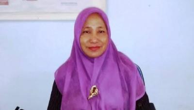Kabid Pendaftaran Penduduk Dinas Dukcapil Kota Bima, Dra. Hj. Marmah MAP. Foto: Bin