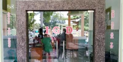 Pintu masuk ruangan IGD. Foto: Bin