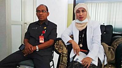 dr. Irma didampingi Direktur RSUD Bima drg. H. Iksan. Foto: Bin