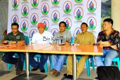 Saad Bima (Tengah) saat memberikan keterangan Pers. Foto: Bin