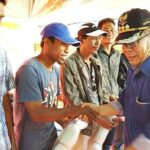 Kunker di Karampi, Bupati Serahkan Bantuan Sektor Kelautan