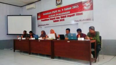 KPU Kabupaten Bima saat sosialisasi PKPU Nomor 9 Tahun 2015. Foto: Bin