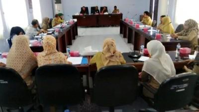 Pertemuan Bidan dengan Dewan. Foto: Bin
