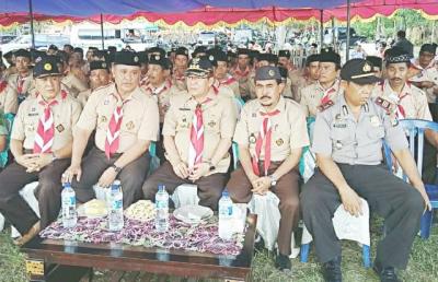 Bupati Bima saat menghadiri Upacara Karang Pamitran Pramuka. Foto: Hum