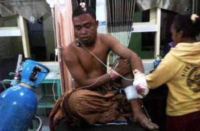Ashar saat dirawat di RSUD Bima. Foto: Teta