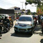 Jelang Idul Fitri, Jalan Depan Bolly Macet Merayap