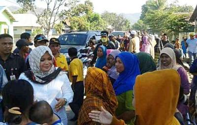 DINDA disambut meriah di Kecamatan Lambu. Foto: Teta