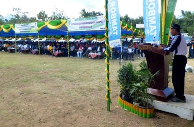 Penjabat Bupati Bima Drs. H. Bachrudin MPd saat memberikan sambutan. Foto: Hum