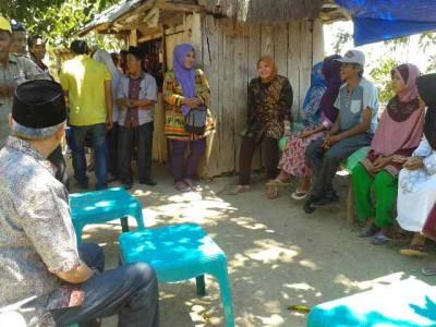 Tatap muka dengan warga Desa Kaowa. Foto: Teta