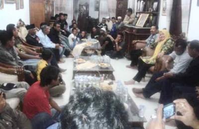 Pertemuan Dae Dinda dan Tokoh Ambalawi. Foto: Noval