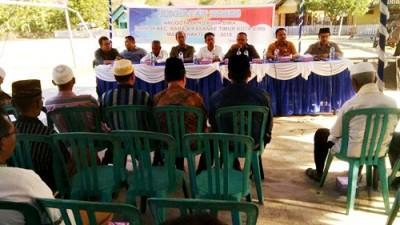 Anggota DPRD Kota Bima Dapil 3 saat Reses di Kelurahan Lampe. Foto: Bin
