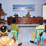 Asisten III Buka Bimtek Geoisolator Kegiatan PUGAR Kabupaten Bima