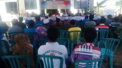 Dewan Dapil 3 saat menjaring aspirasi warga Kelurahan Oi Fo'o. Foto: Bin