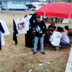 Iwan Fals ke Bima, Pedagang Baju Keciprat Rezeki