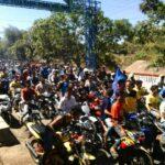 SYUKUR dan Ribuan Rakyat Goyang Wawo