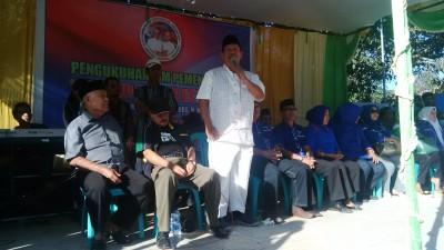 Abuya saat menyampaikan Pidato Politik di depan warga Wawo. Foto: Bin