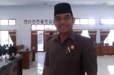 Anggota DPRD Kabupaten Bima, Masdin. Foto: EM