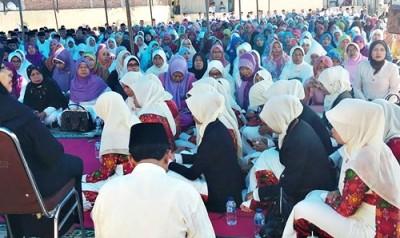 Imtaq Gabungan dan pelepasan Kafilah Kabupaten Bima. Foto: Hum