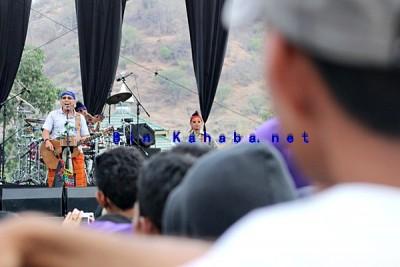 Iwan Fals and Band saat konser di Kota Bima. Foto: Bin